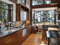 Кухня с окном — 70 фото необычных идей как оформить окно на кухне