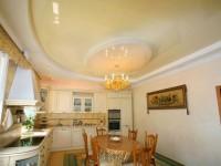 Натяжной потолок на кухне — 70 фото идей безупречного оформления