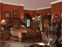 Классические спальни — 70 лучших фото элегантного интерьера в спальне