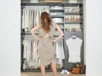 Гардеробная из кладовки — фото идеи как превратить кладовку в удобный гардероб