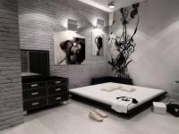 Дизайн интерьера спальни в черно-белых тонах (70+ фото)