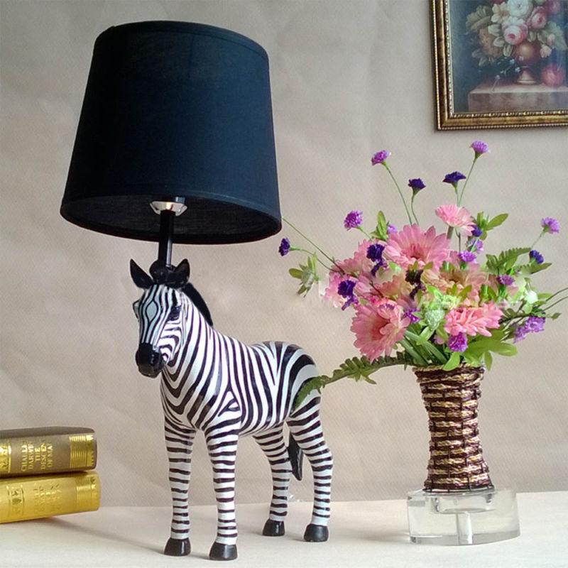 tvorcheskij-zebra-nastolnaya-lampa-e27-nastolnye-lampy-dlya-izucheniya-nomer-home-decor-smola-tela-i-abazhur