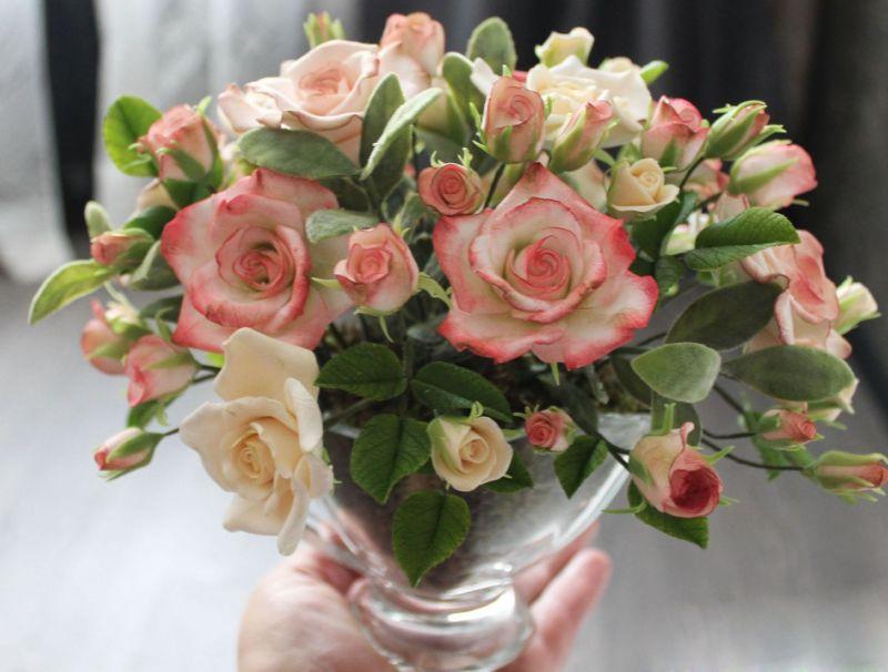 01c1f39fc92b4bf8f48824a3beyo-tsvety-floristika-buket-vintazhnye-rozy-iz