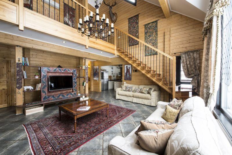 Деревянный загородный дом планировка и дизайн интерьера фото