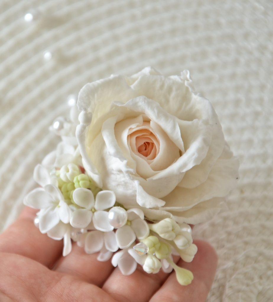 Как сделать мелкий цветок из полимерной глины 904