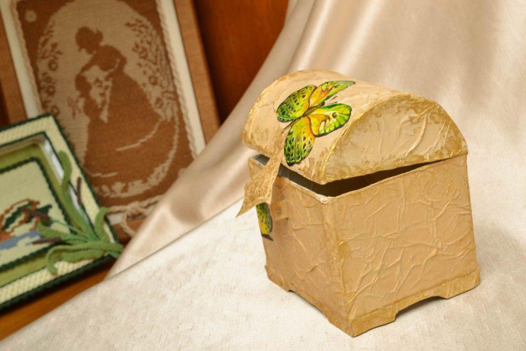 Картонная коробка своими руками декупаж 96
