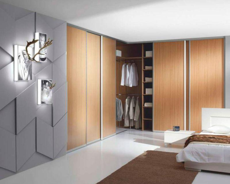 Corner_cupboard
