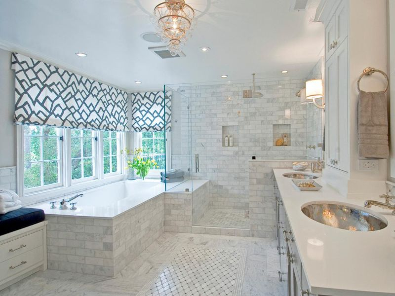 bathroom-with-windows-white