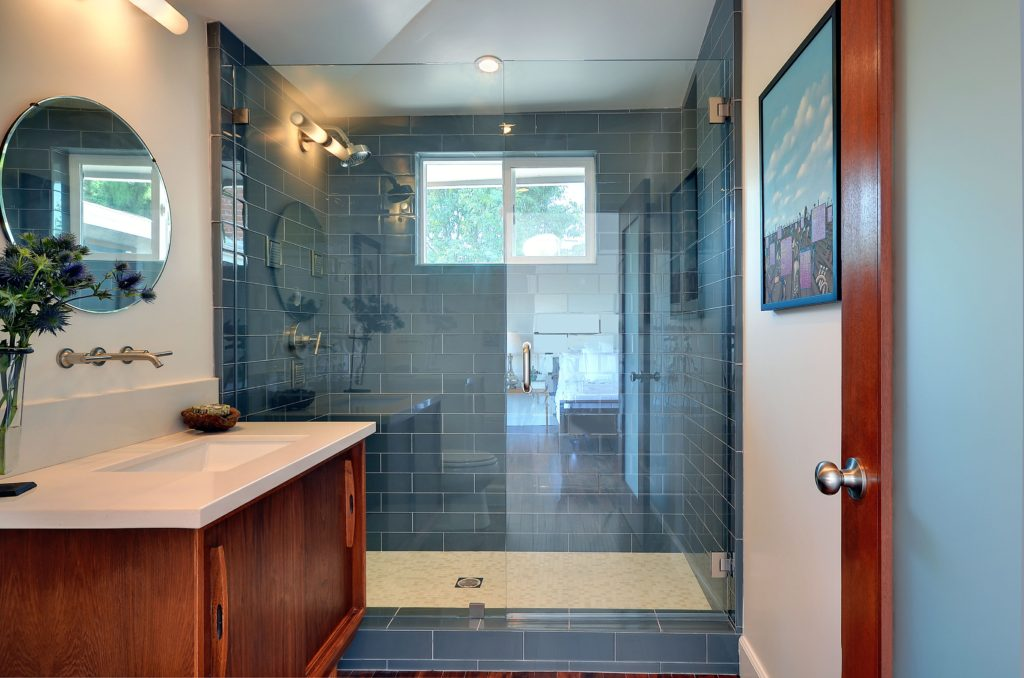 Bathroom backsplash tile ideas
