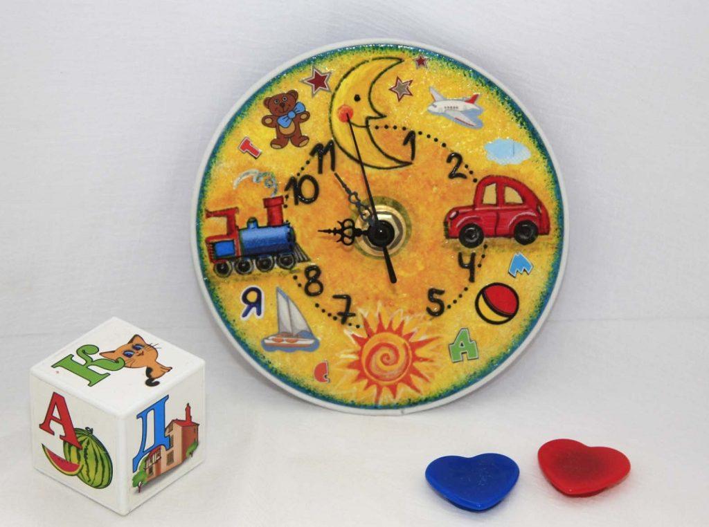 Часы своими руками с детскими фото