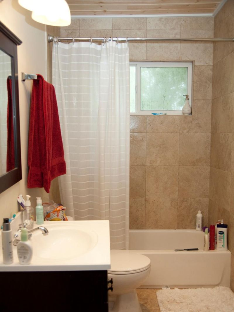 original_brian-patrick-flynn-midcentury-modern-bathroom-before_s3x4-jpg-rend-hgtvcom-966-1288
