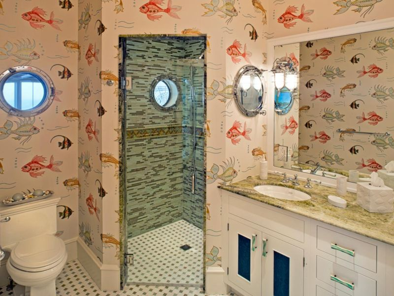 original_dewson-construction-coastal-bathroom-fish-wallpaper_s4x3-jpg-rend-hgtvcom-1280-960