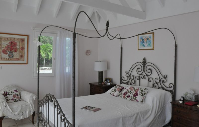 provence-style-bedroom