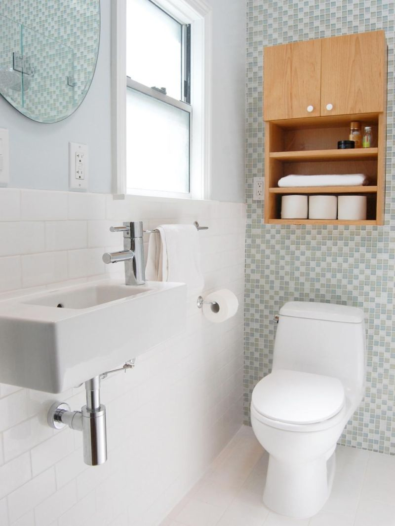 rs_niche-interiors-white-bathroom_s3x4-jpg-rend-hgtvcom-966-1288