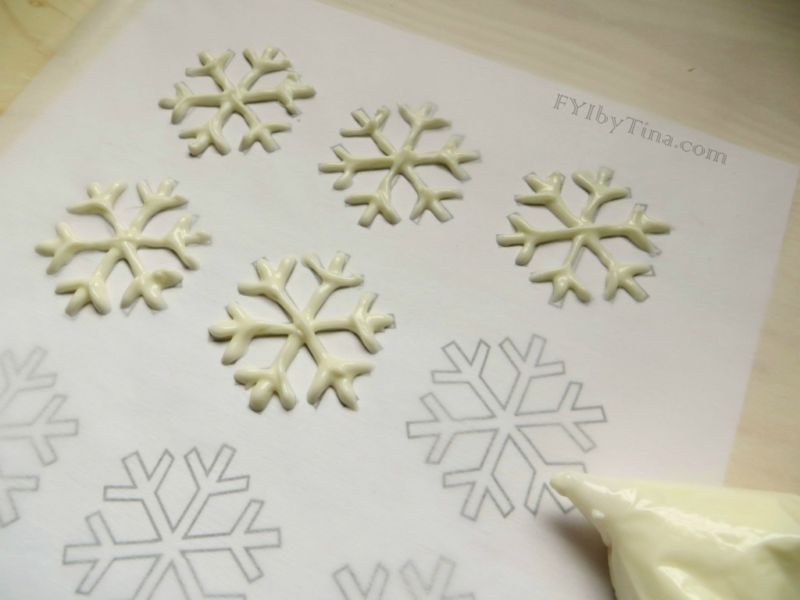 snowflake-cupcakes-recipe1-1024x768