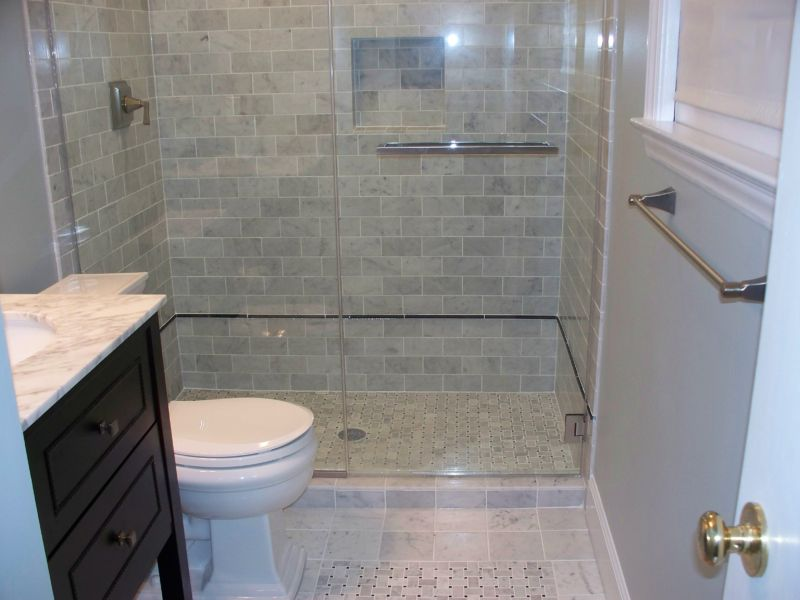 subway-tile-in-bathroom