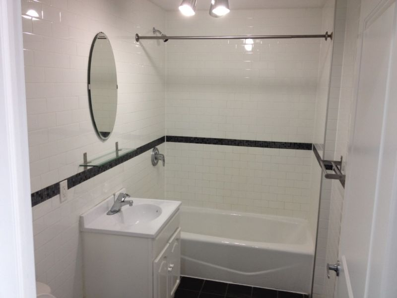 subway-tiles-in-bathroom-style