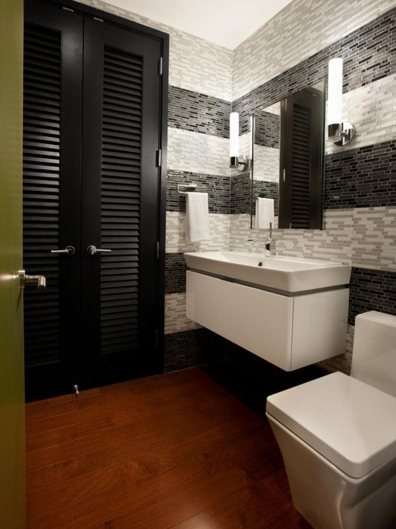 Decorating the bathroom tiles room