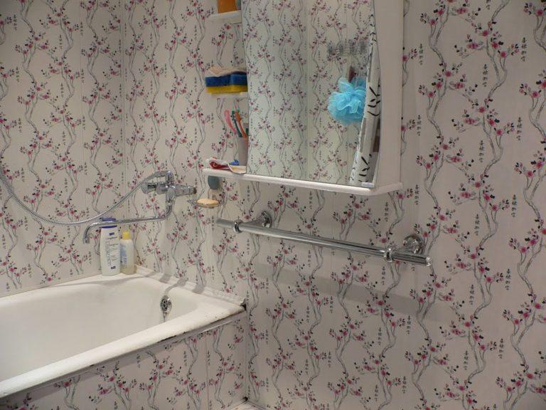 Отделка стеновыми панелями ванной комнаты своими руками