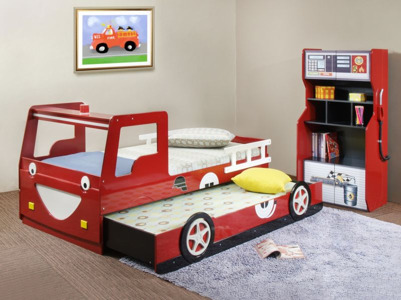 amusing-cool-kid-beds-design-with-red-wooden-laminate-fire-truck-equipped-sliding-and-storage-cabine_childrens-beds_home-decor_target-home-decor-rustic-yosemite-decoration-decorators-outlet-and-fetco