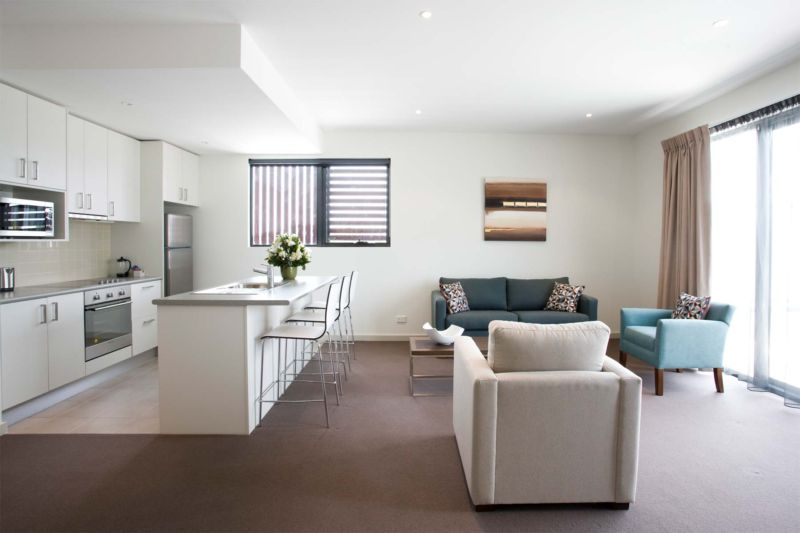 apartment-interiors-with-modern-comfort-features-small-condo-apartment-interior-design-ideas