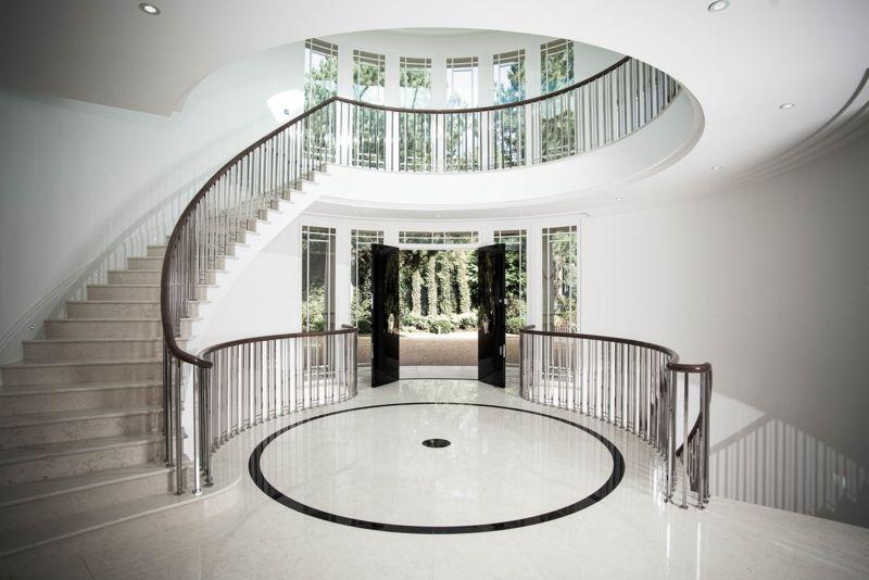 Art Nouveau interior 2017