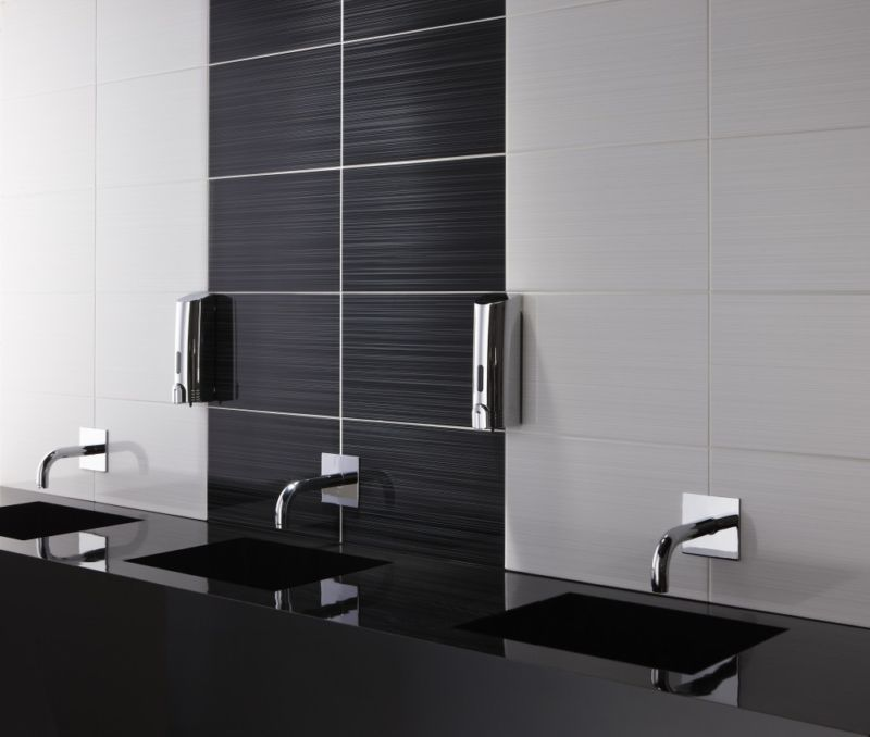 brighton-linear-ceramic-gloss-wall-tile-25x40-brighton-black