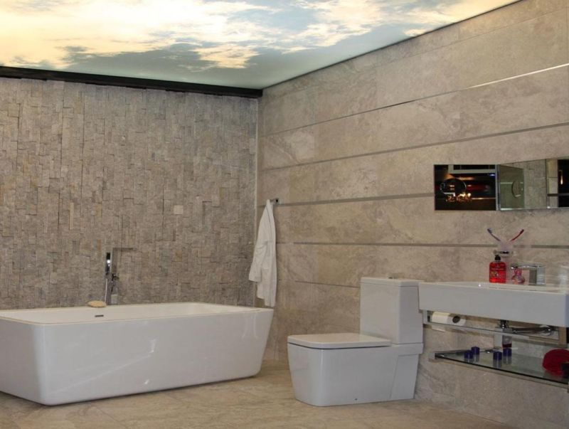 emporium-bathroom-with-sky-printed-stretch-ceiling