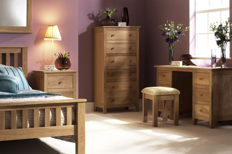 excellent-oak-bedroom-furniture-set-images