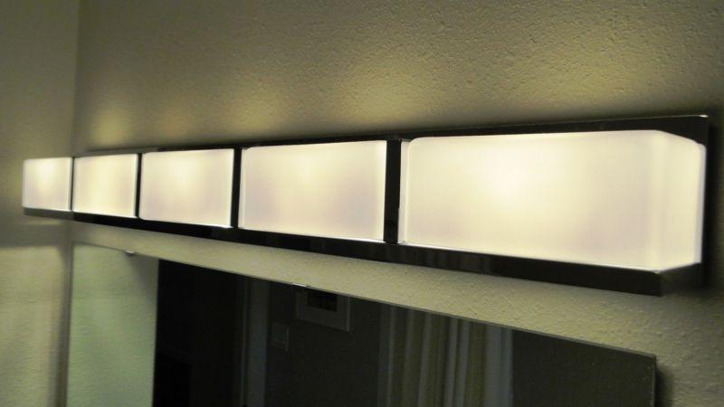 modern-bath-pendant-light