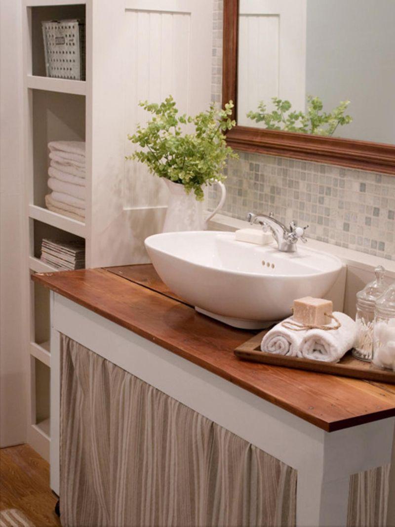 original_laylapalmer-modern-cottage-style-bath_s3x4-jpg-rend-hgtvcom-1280-1707