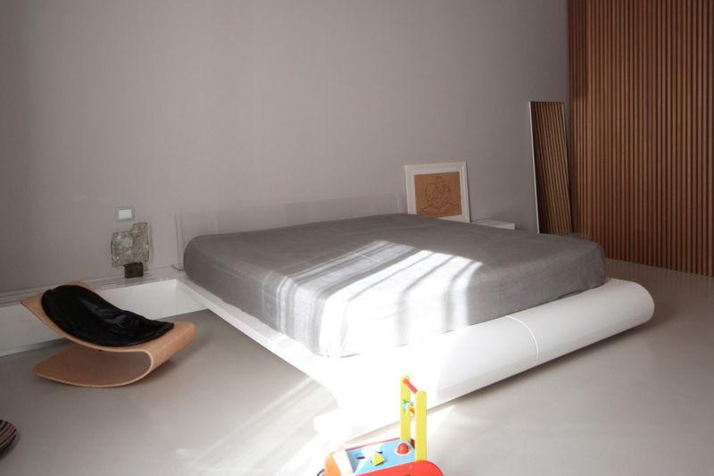 dizajn-spalni-v-stile-minimalizm-ot-studii-davide-volpe