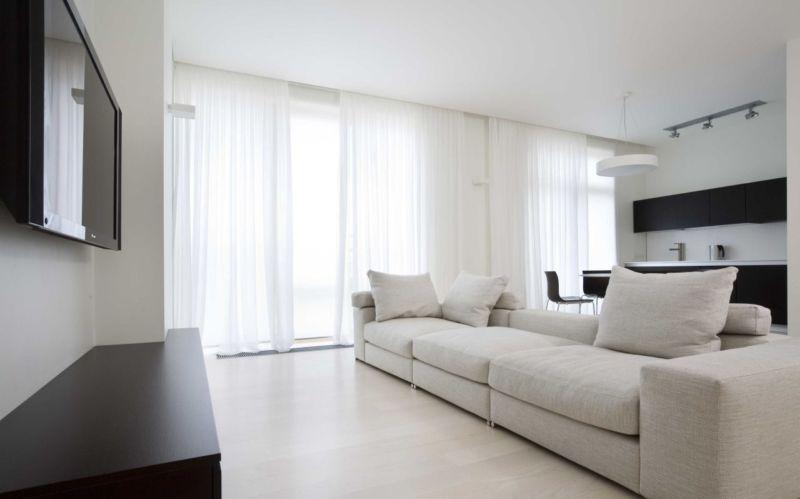 белая гостиная минимализм