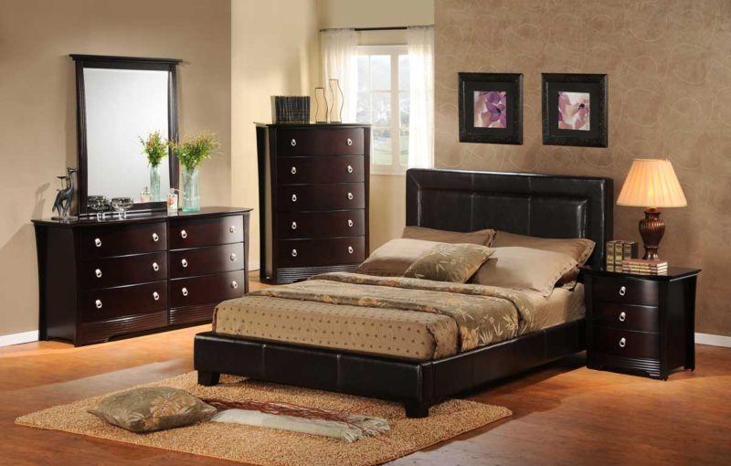 4240872-bedroom