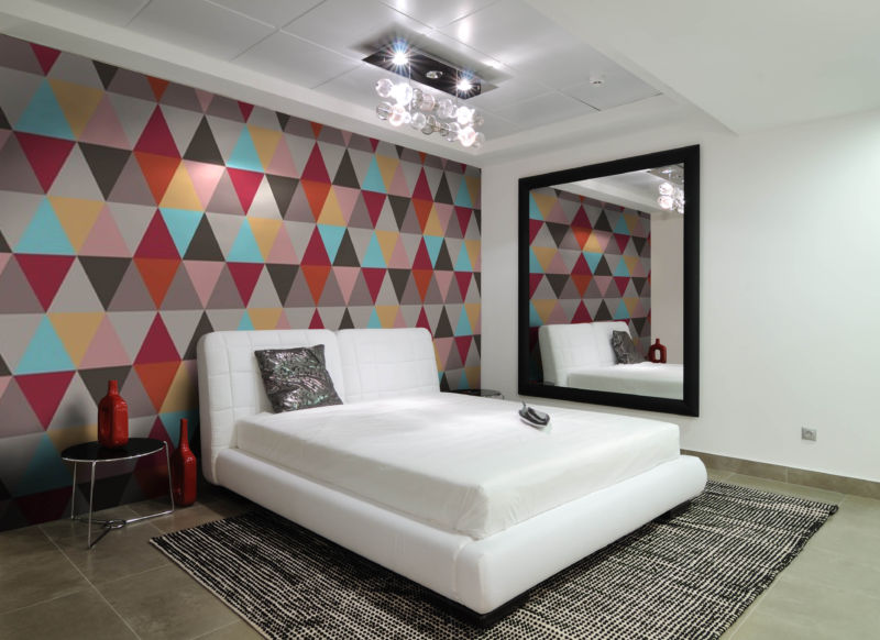 awesome-geometric-wallpaper-design-for-bedroom