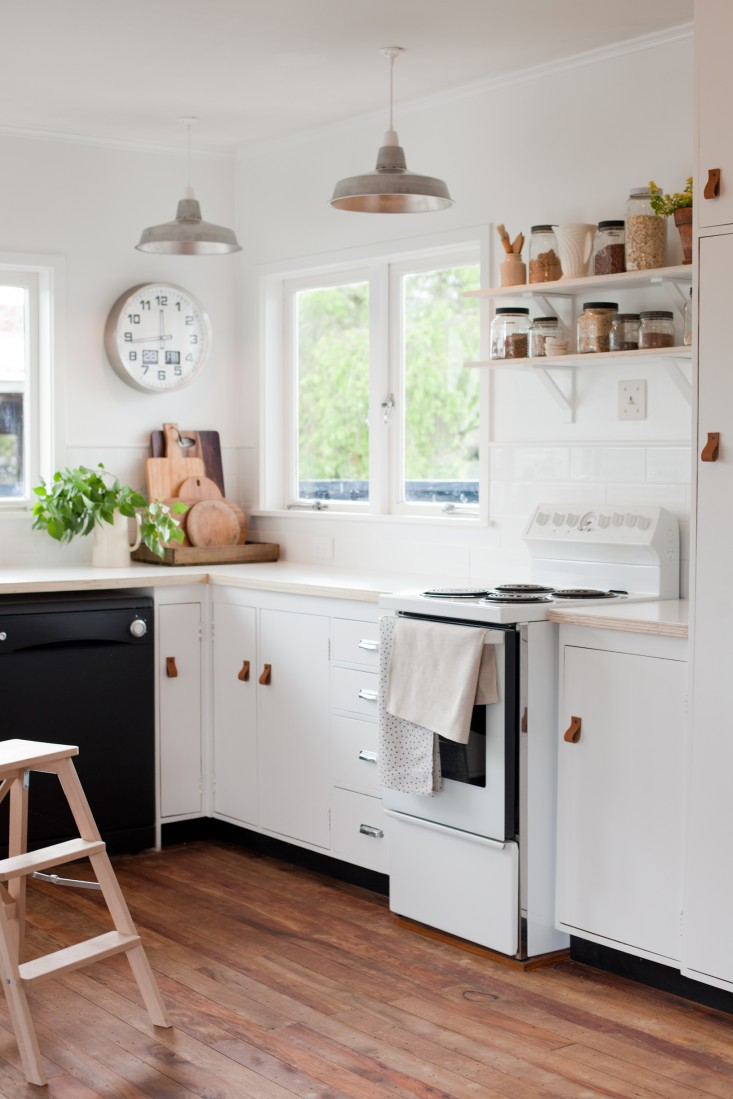 budget-kitchen-remodel-gem-adams-blackbird-nz-remodelista-2