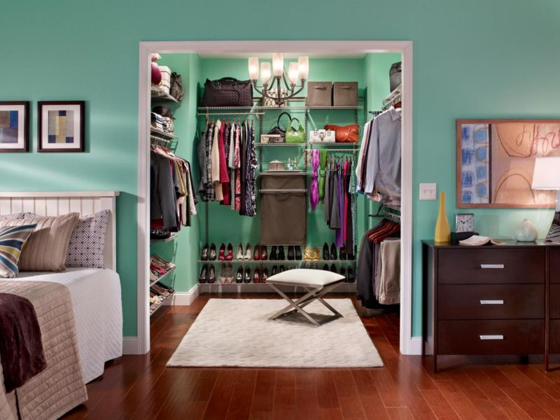 ci-closet-maid_shelf-track-nickel-his-and-hers_s4x3-jpg-rend-hgtvcom-1280-960