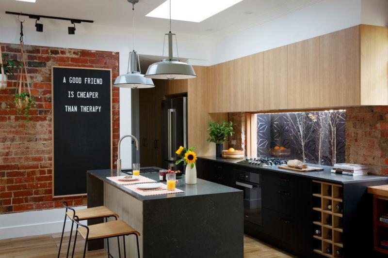 carly-leighton-reno-rumble-freedom-kitchens-caesarstone-piatra-grey-1