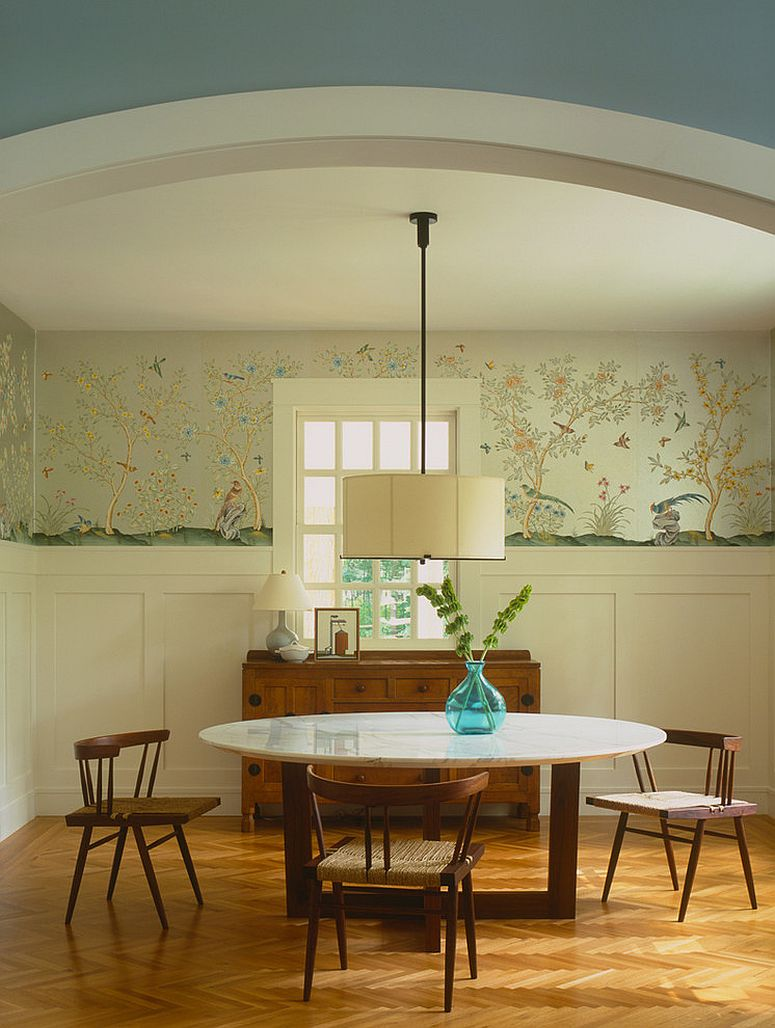 classy-use-of-wallpaper-in-the-dining-room