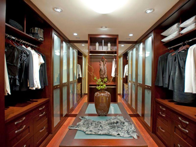 dp_danenberg-design-palo-alto-asian-master-closet_s4x3-jpg-rend-hgtvcom-1280-960