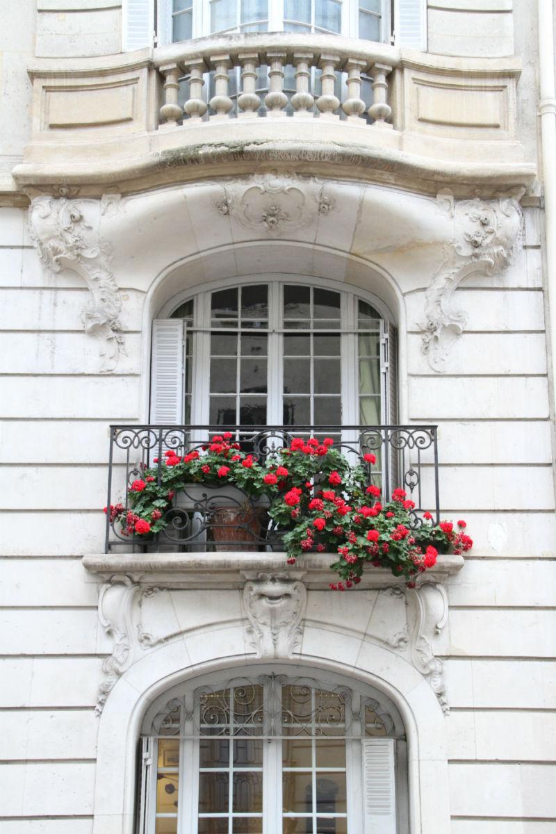 design-icon-parisian-balconies-7