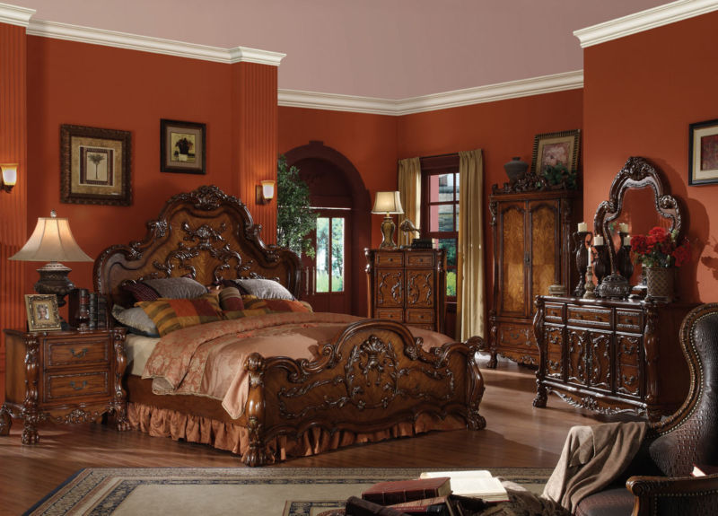 fabulous-traditional-bedrooms-decoration-ideas-with-wooden-furniture-including-bed-also-dressers-plus-vanity-in-unique-style-again-fine-lighting-fixtures-design