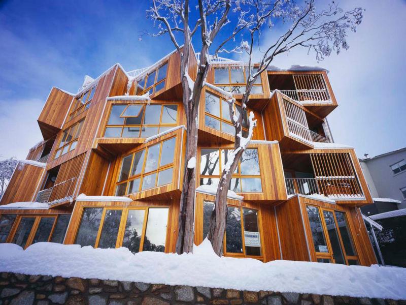 huski-snowflake-hotel-falls-creek-australia-2