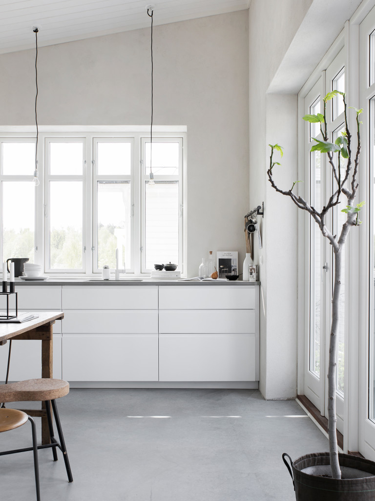 ikea-voxtorp-kitchen-silestone-worktop-scandinavian-style-kitchen