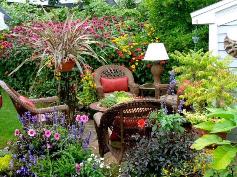 small-garden-ideas-modern-magazin