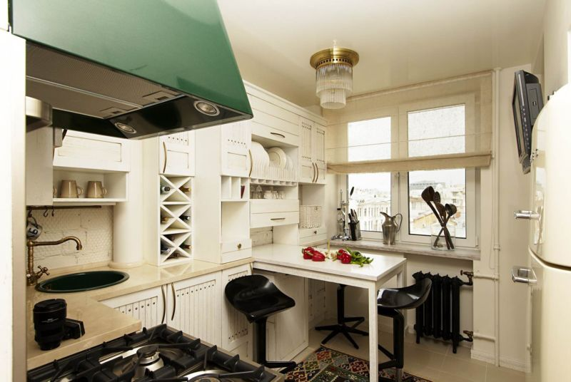 small-kitchen-in-moscow-photo-01