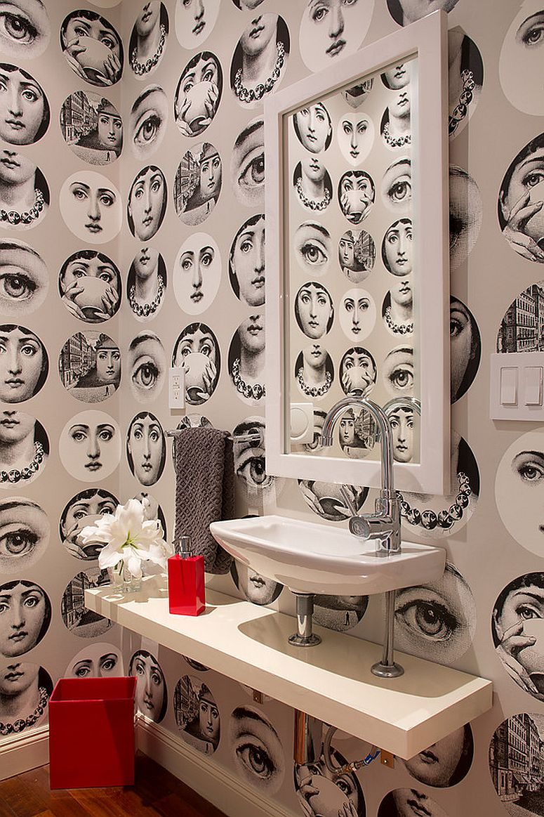 strikingly-beautiful-wallpaper-for-the-eclectic-powder-room