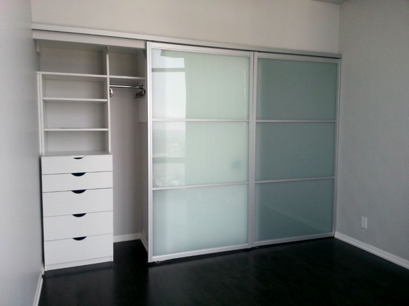 condo-closet-top-hung-bypass-doors-toronto-leftedit
