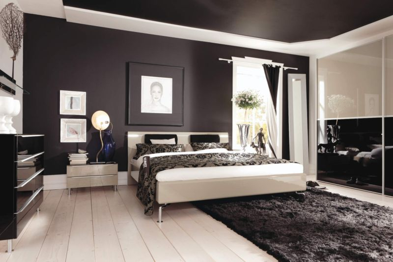 creative-making-small-bedrooms-look-bigger-ideas