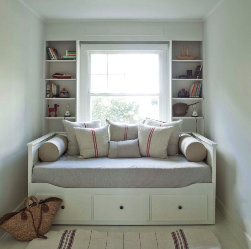 narrow_bedroom_2017-daybed-decorating-ideas-daybed-r